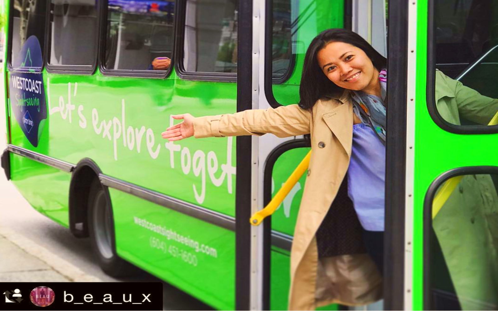Employee welcomes people aboard a Hop on Hop off bus